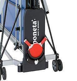 Sponeta Seitenbefestigung mit Schläger und Ballhalterung