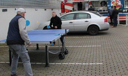 Burger & Tischtennis