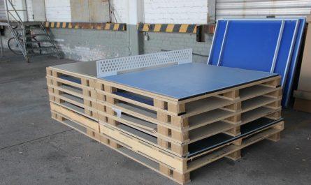 Tischtennisplatte selber gebaut aus Paletten